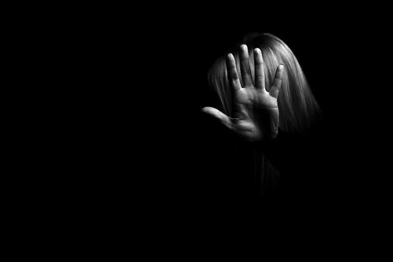Engelli Kıza İstismar! Anne, Baba, 2 Amca ve Sevgili Tutuklandı