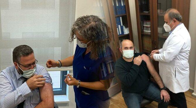 Eskişehir'de 2 TURKOVAC gönüllüsü, aşı oldu