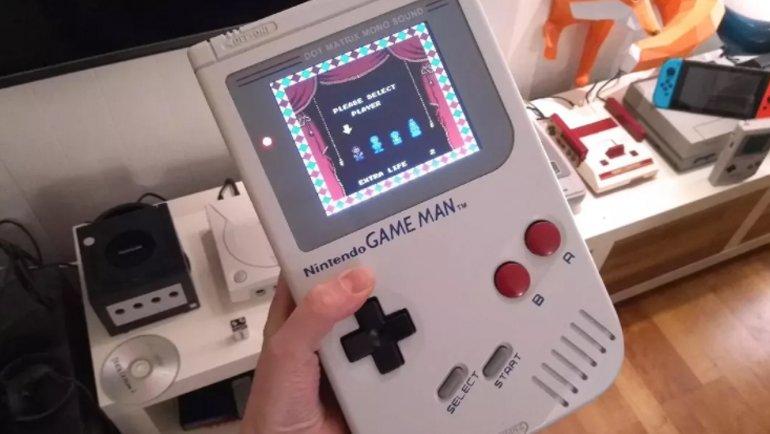 Game Boy giti, Game Man geldi!