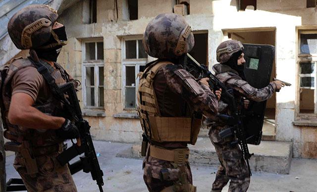 Gaziantep'te Uyuşturucu Satıcılarına 670 Polisle Operasyon: 19 Gözaltı