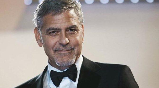 George Clooney hastaneye kaldırıldı