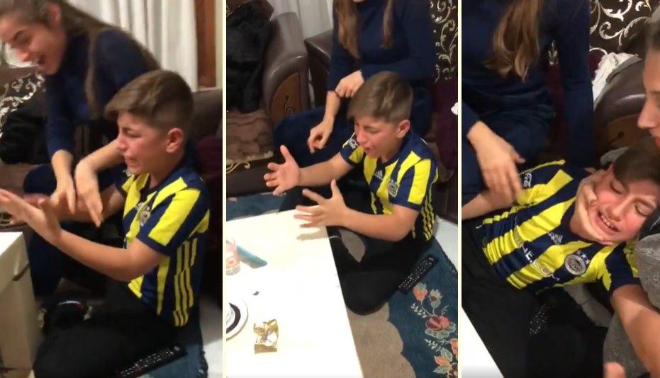 İnternetini Yeni Bağlatanlar İçin: Fenerbahçe'nin Mağlubiyeti Sonrası Kendinden Geçen Çocuk