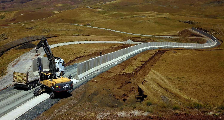 İran Sınırına Duvar, Hendek ve Kuleler İnşa Ediliyor