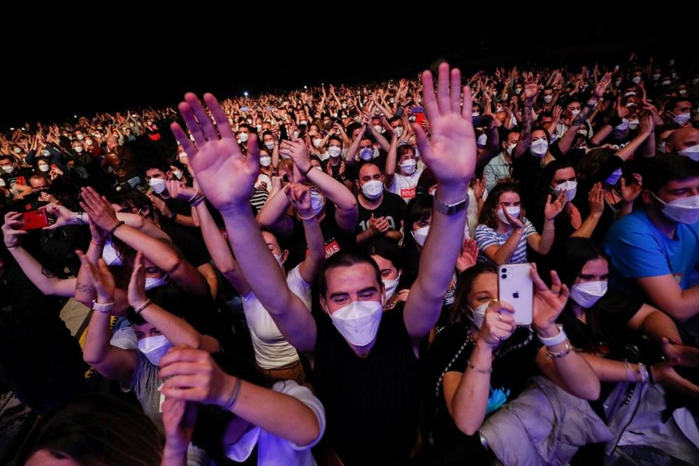 İspanya'da 5 Bin Kişilik Sosyal Mesafesiz Konser Deneyi