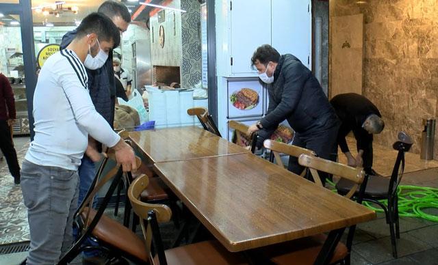 İstanbul'da Kademeli Normalleşme: İş Yerleri Müşterileri İçin Hazırlık Yaptı
