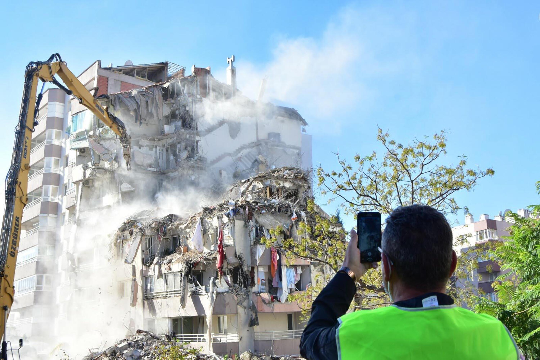 İzmir Depreminde 11 Kişinin Öldüğü Yılmaz Erbek Apartmanı'nın Mimarına Tahliye