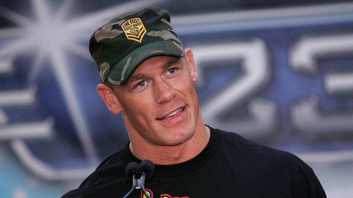 John Cena, Tayvan'a 'ülke' dediği için Çin'den özür diledi