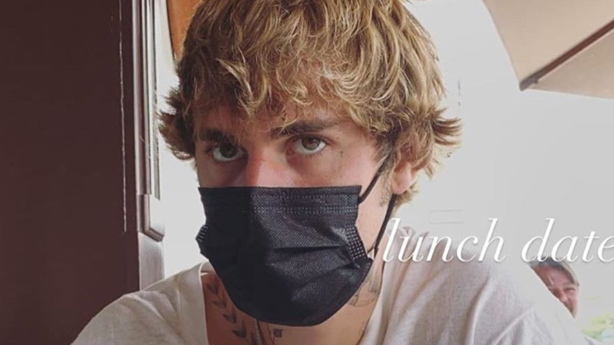 Justin Bieber'ın kirli tırnakları