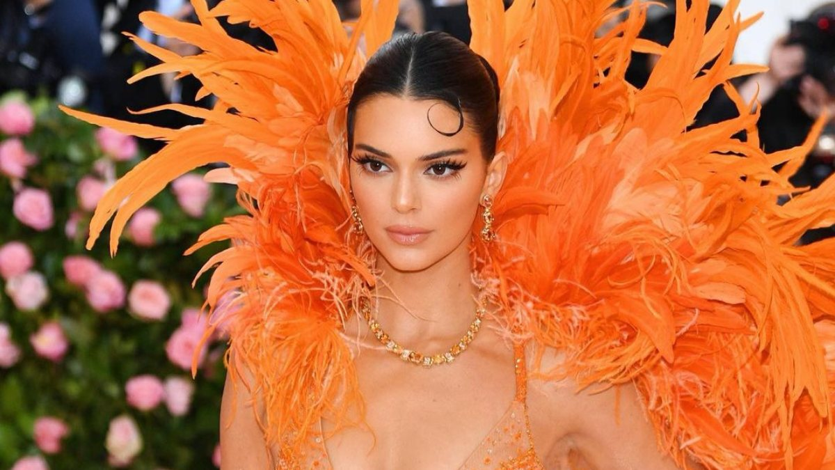 Kendall Jenner uğursuz evini satıyor
