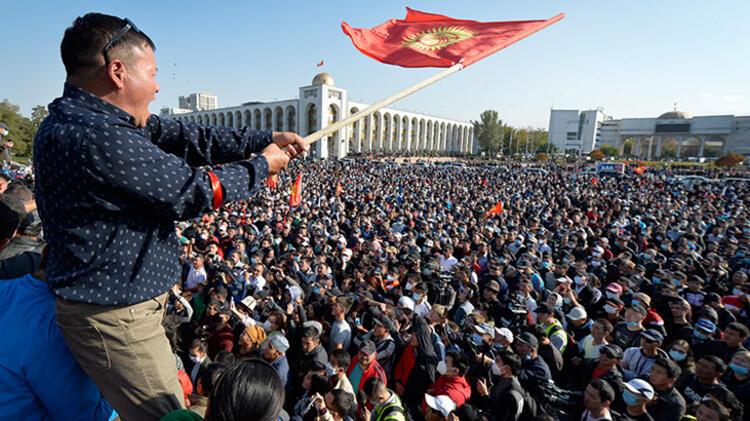 Kırgızistan'da Olağanüstü Hal İlan Edildi