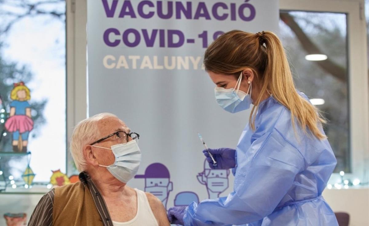 Koronavirüs: İspanya'da Covid-19 aşısını reddenlerin kaydı tutulacak