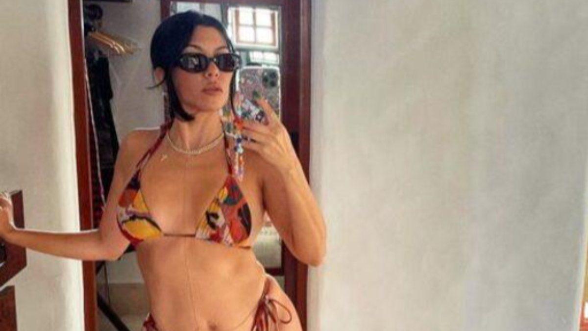 Kourtney Kardashian bikinisiyle poz verdi