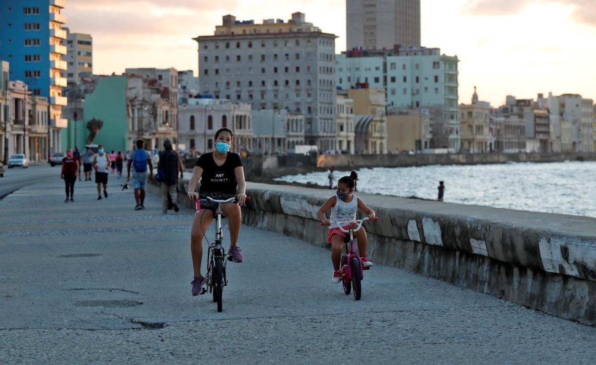 Küba, aralık ayına kadar nüfusunun yüzde 90'ını aşılamayı hedefliyor