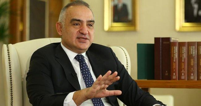 Kültür ve Turizm Bakanı Ersoy: '17 Mayıs İtibarıyla Vaka Sayıları 5 Binin Altına İnecek'