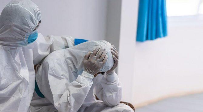 Manisa Tabip Odası: Sağlık çalışanlarının ruhsal dengeleri bozulmaya başladı