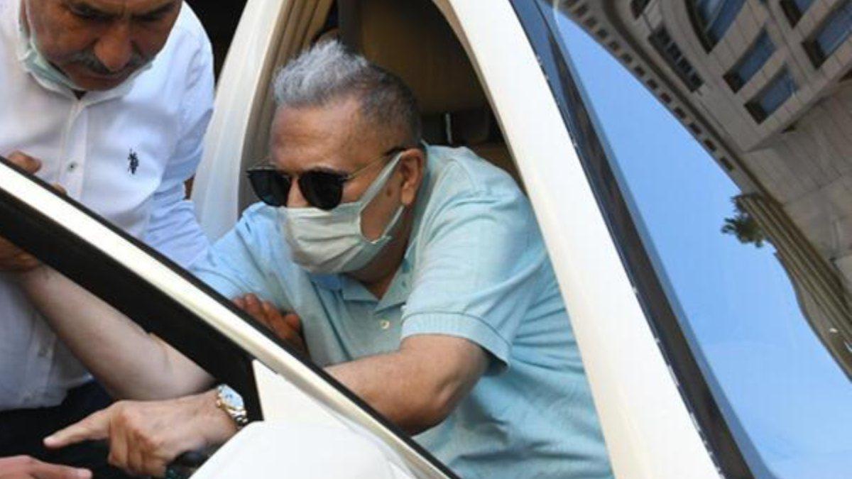 Mehmet Ali Erbil, estetik kliniğinde