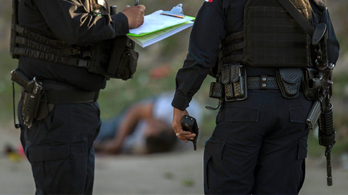 Meksika'da 2 kamyonun kasasında 12 kişinin cansız bedeni bulundu