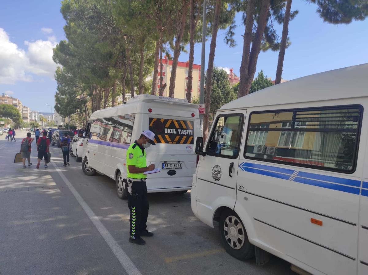 Mersin'de trafik eğitimi ve denetimi yapıldı