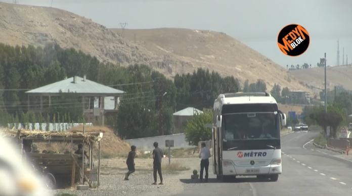 Metro Turizm Kaçak Bir Şekilde, İran Sınırından Türkiye'ye Geçen Mültecileri mi Taşıyor?