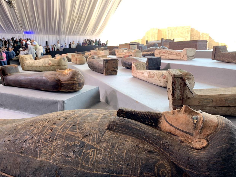Mısır'da En Az 2500 Yıl Öncesine Ait 100'den Fazla Lahit Bulundu