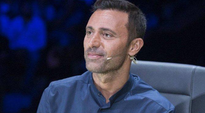 Mustafa Sandal: Sosyolojik bir deneyde miyiz?