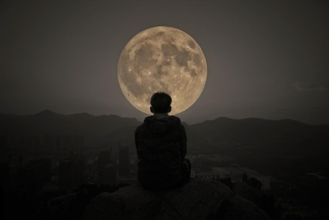 NASA, Ay'da Kamp Alanı Arıyor: Dikkat Edilecek Üç Konu Açıklandı!
