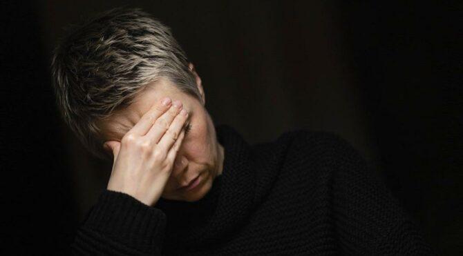 Pandemide baş ağrısı şikayetiyle doktora başvuranların sayısı 2 kat arttı