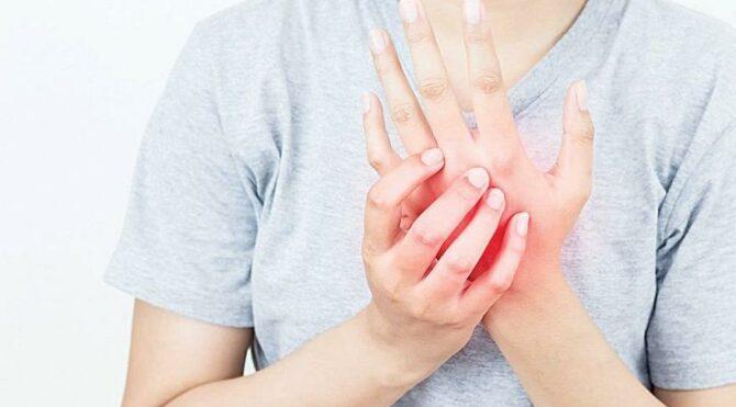 Pandemide el ve bilek ağrılarına dikkat