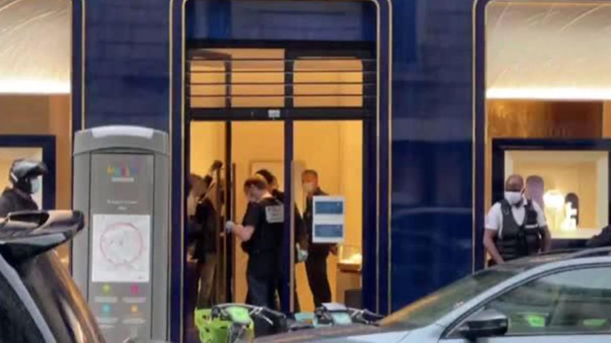 Paris'teki ünlü kuyumcuya ikinci soygun şoku! 2 milyon euroluk mücevher çalındı