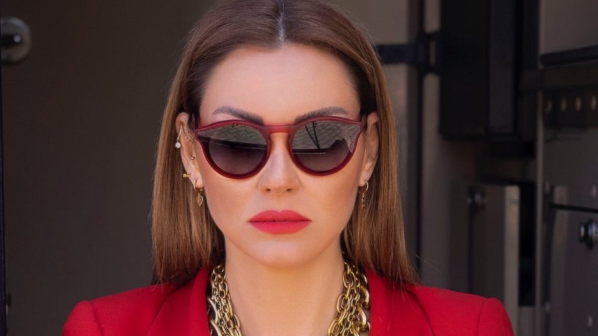 Pınar Altuğ: Photoshop candır