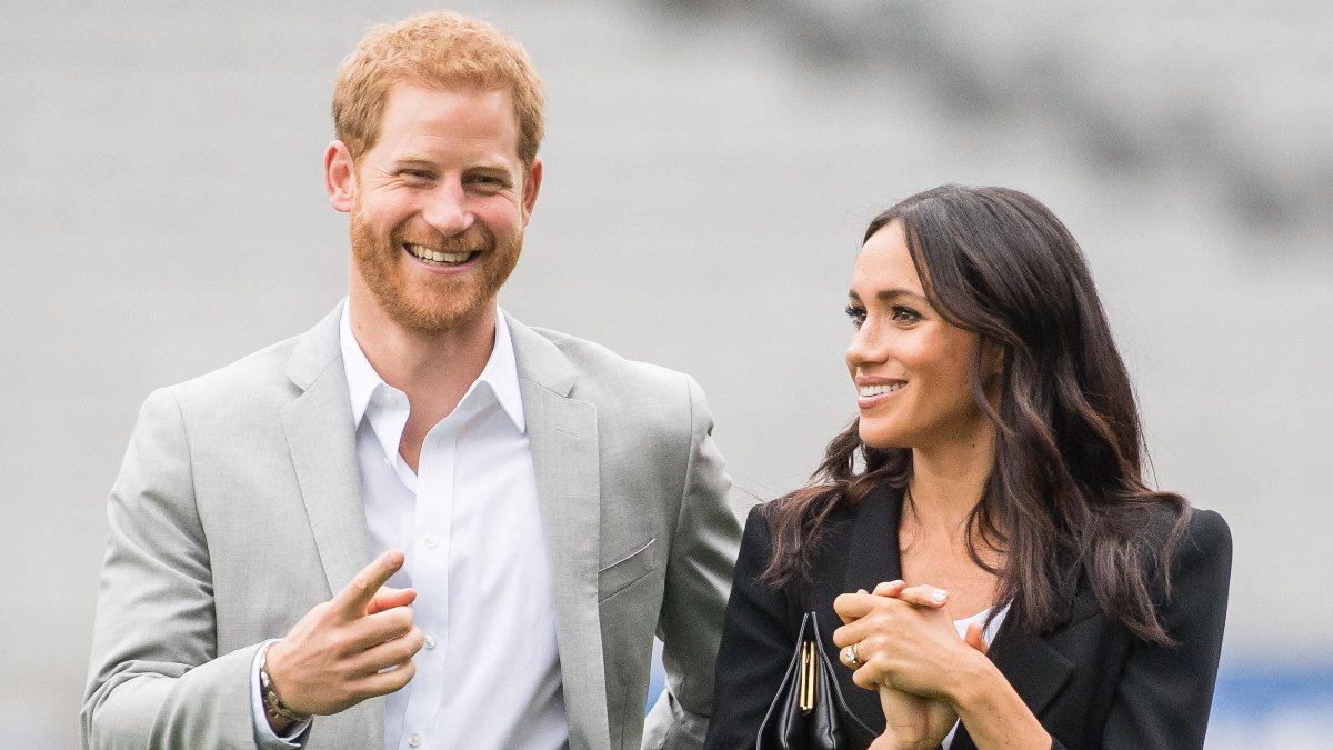 Prens Harry ve Meghan Markle'ın ilk podcast'i