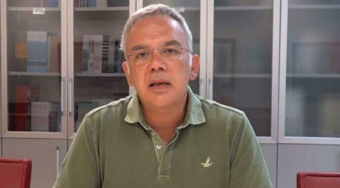 Prof. Dr. Kayıhan Pala'dan Sağlık Bakanlığı'na çağrı: Anormal artışların açıklanması gerekir