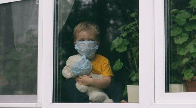 Psikologlardan pandemide çocuk sağlığı uyarısı