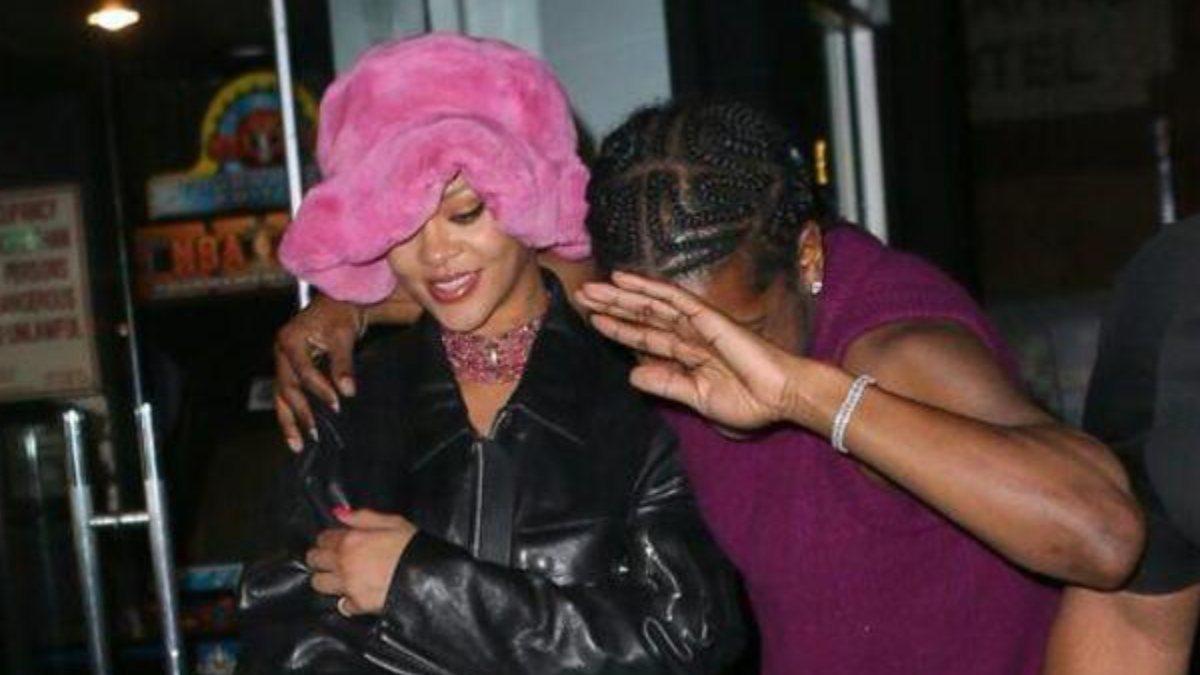 Rihanna, sevgilisiyle gecelerde