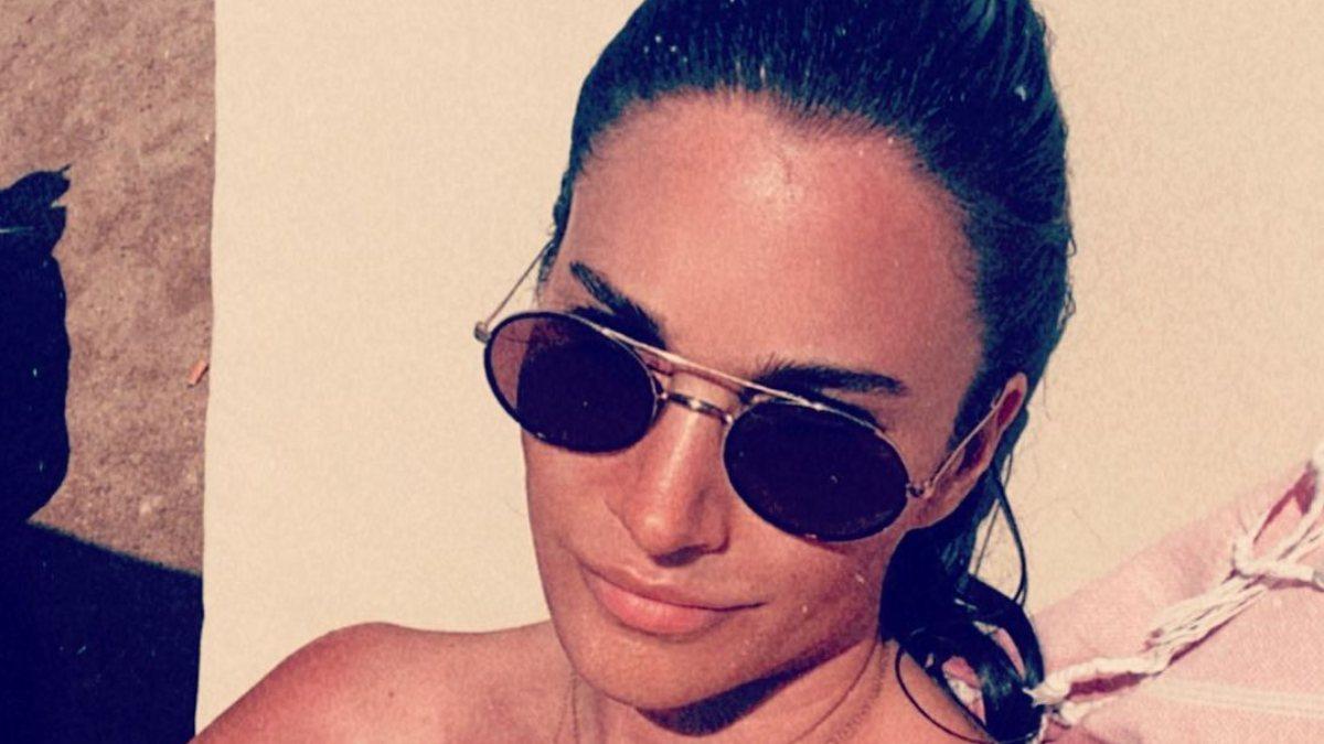 Rojda Demirer'den bikinili paylaşım