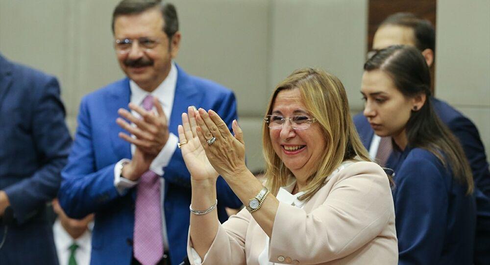 Ruhsar Pekcan, Kiraladığı Evin 380 Bin TL'lik Tadilatını da Bakanlığa Ödetmiş