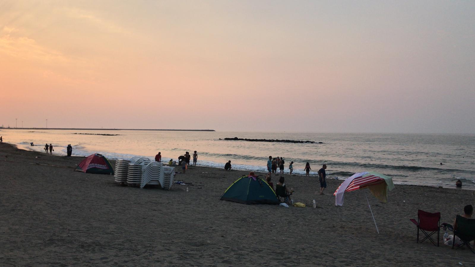 Sakarya'da Denize Girenler Kaşınmaya Başladı: 32 Kişi Tedaviye Alındı
