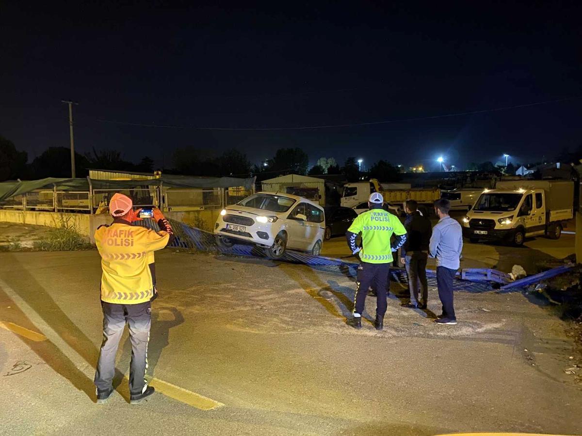 Sakarya'da ilginç olay: Alkollü şekilde çaldığı kamyonla şehri savaş alanına çevirdi