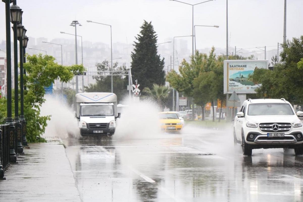Samsun'da son 24 saatte metre kareye 31,1 kilo yağış düştü