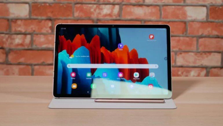 Samsung Galaxy Tab S8 geliyor
