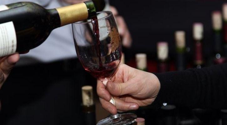 Şarabın Uzayda Daha Hızlı Yıllandığı Ortaya Çıktı: Gurmeler Tam Not Verdi, Bir Şişesi Açık Artırmaya Çıkacak