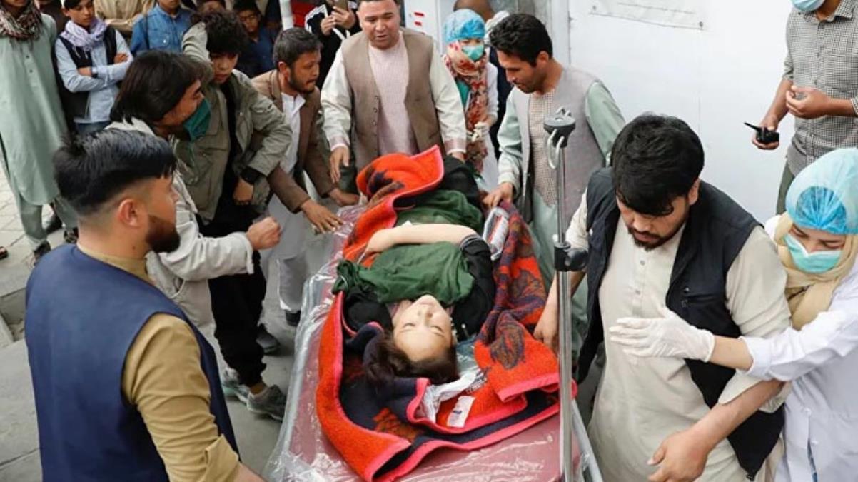 Son Dakika! Afganistan'da okul önünde bombalı saldırı: 30 kişi öldü