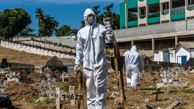Son dakika: Devlet Başkanının koronavirüsü ciddiye almadığı Brezilya'da 1 günde 1382 kişi hayatını kaybetti
