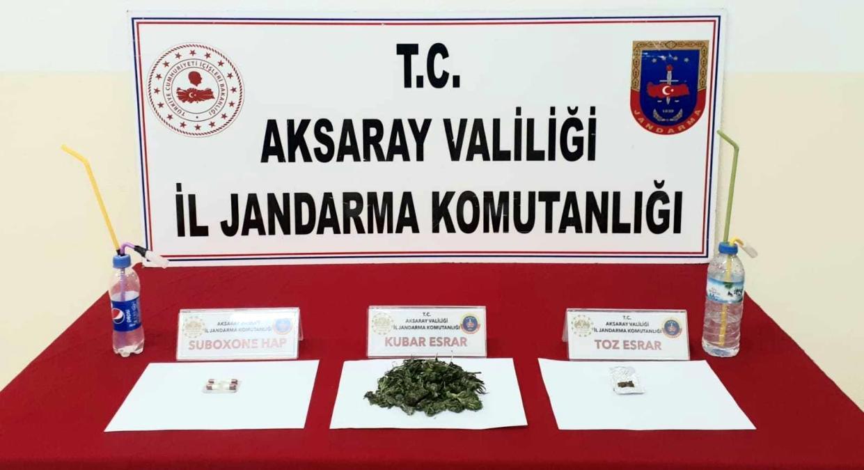 Son dakika haber: Aksaray jandarma uyuşturucu tacirlerini suçüstü yakaladı