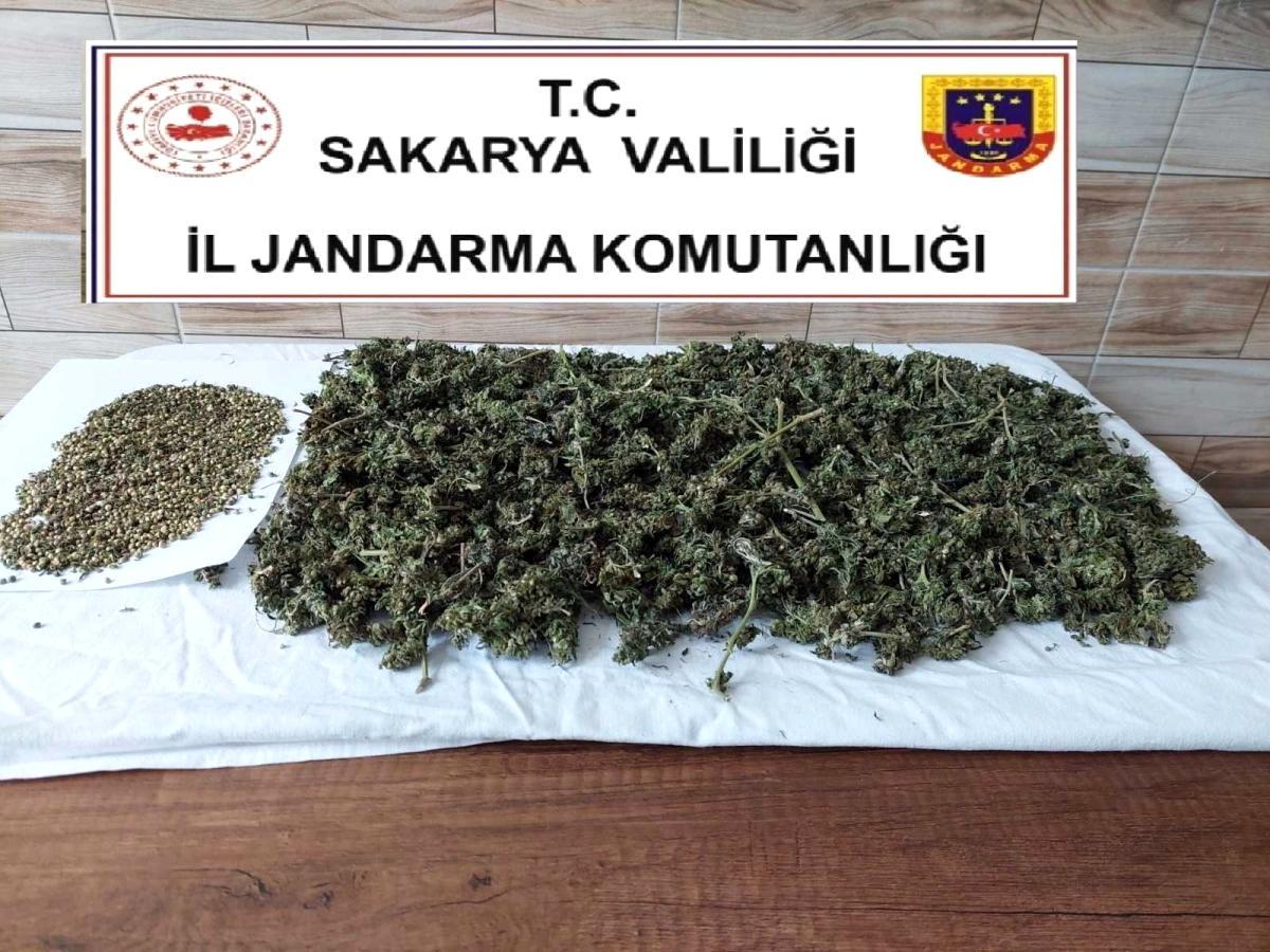 Son dakika: Jandarma uyuşturucuya geçit vermiyor