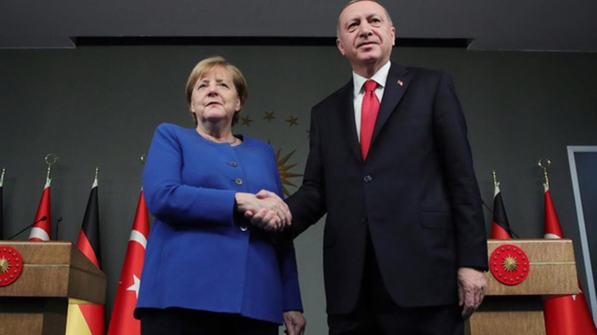 Son dakika! Merkel: Türkiye'nin insan hakları konusundaki ve hukukun üstünlüğünde standartlarını yükseltmesini bekliyoruz