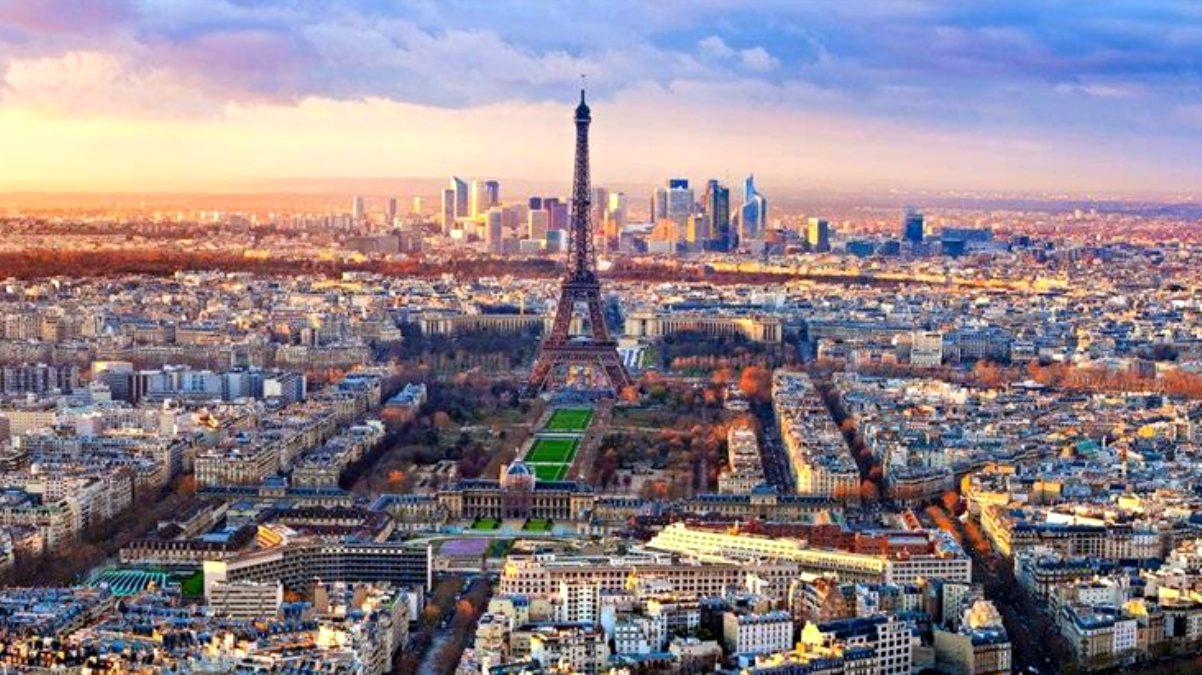Son Dakika: Paris'te korkutan ses! Savaş uçağının ses bariyerini aşması kentte panik yarattı