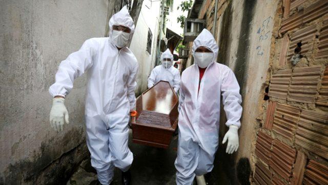 Son Dakika: Salgında tüm dünya normalleşirken Brezilya'da 1.349, Meksika'da 1.092 birey hayatını kaybetti