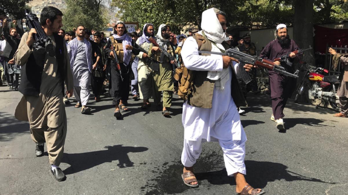 Taliban'dan dünyayı ayağa kaldıran bir infaz daha 9 ve 10 yaşındaki iki çocuğu kafalarını keserek öldürdüler
