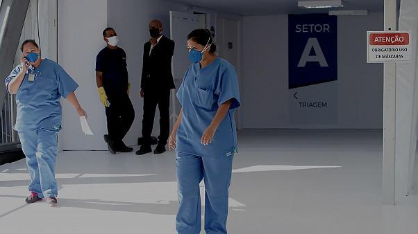 Tecavüz Kurbanı Kız Çocuğunun Operasyon Geçirdiği Hastaneyi Basan Kürtaj Karşıtı Grup